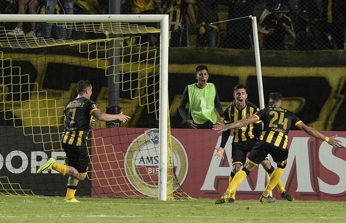 Liga de Quito cayó 1 a 0 frente a Peñarol en Montevideo